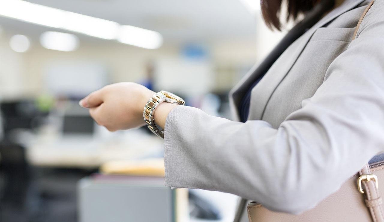 位置 腕時計 つける 「腕時計を見ればその人がわかる」は本当なのか?